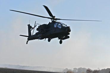 低空飛行AH-64E370.jpg
