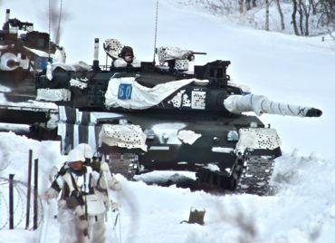 戦車と隊員370.jpg