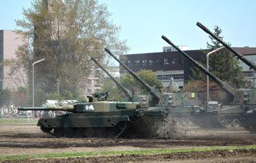 砲列と戦車370.jpg