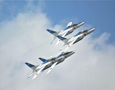 航空祭ブルー4機370.jpg