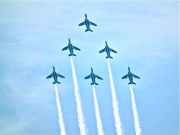 航空祭ブルー6機370.jpg