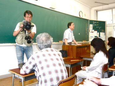 記念授業撮影中の私370.jpg