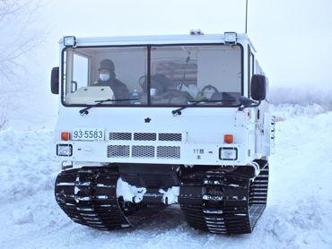 10式雪上車370.jpg
