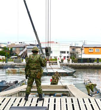 NR2015浮橋②370.jpg